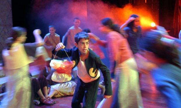 في ذكرى استشهاد كنفاني مسرحية غنائية مستوحاة منه في القدس Canada Voice